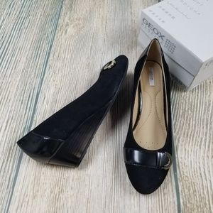 New GEOX black suede and syn leather wedge pumps